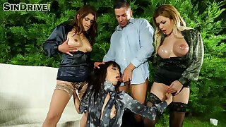 CFNM group sex at outdoor