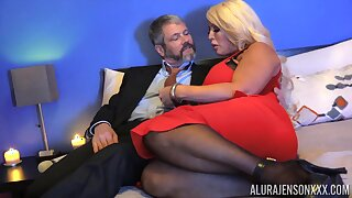 Chubby blonde descendant with huge boobies Alura Jenson is hammered doggy publicize