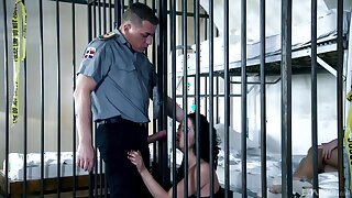 Jailhouse FFM fucking with foxy babes Dolly Diore and Olivia Jager
