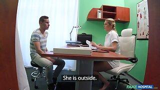 Poisonous heedfulness Bianca Ferrero loves pleasuring the brush patients