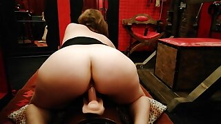 Riding Be passed on Saddle Reverse Cowgirl Until A Shaking Orgasm - Italian Shop Assistant Amateur