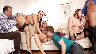 Three Czech swinger couples having crazy line up sex in the living room